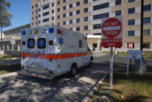 ambulance-1440932